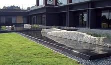 为什么造景都爱用它,只因它有灵性——院子承载着石头的梦