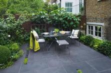 小花园和外部空间,要适当隔离,8张手绘图解小花园细部设计!